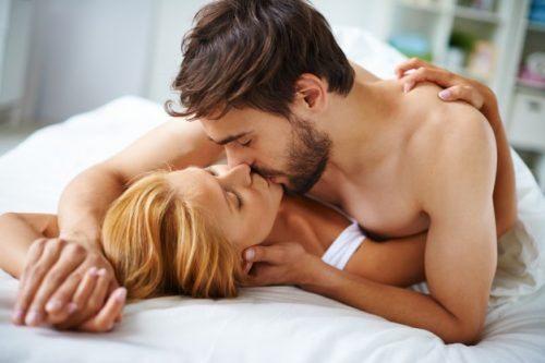 sex kiss