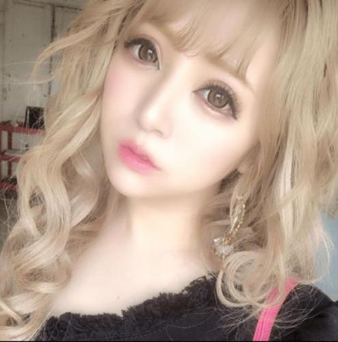 桜井莉菜4