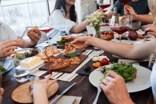 50代の利用目的は「食べ友・飲み友」