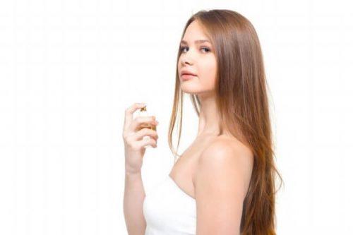 フェロモン香水で女子たちをトリコにしよう!
